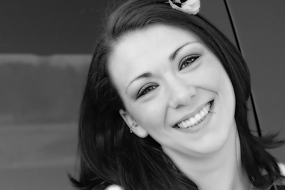Are Dental Veneers Right for Me? | Washington Dentist